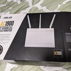 Asus RT-AC68W Router for Sale in Kirkland, WA