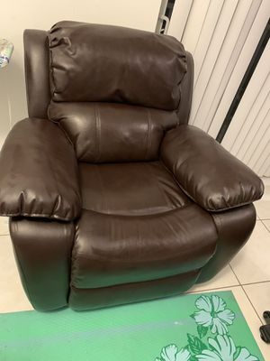 Recliner for Sale in Miami, FL