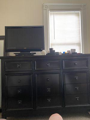 Dresser for Sale in White Plains, NY