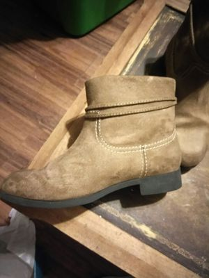 Girls boots new for Sale in Siloam Springs, AR