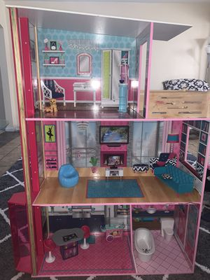 Wooden Barbie Doll House for Sale in Winter Haven, FL