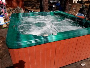 Seacard Spa - Hot tub for Sale in Ontario, CA