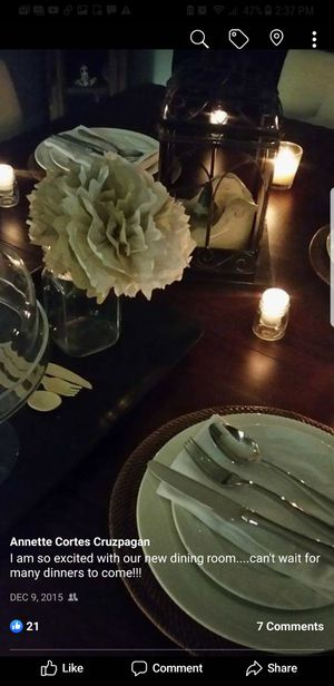 Large Antique dining room table for Sale in North Miami Beach, FL