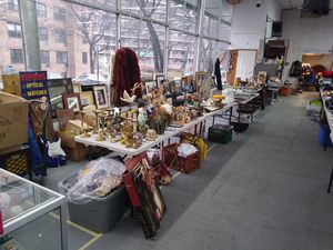 Indoor Flea Market For In Queens Ny