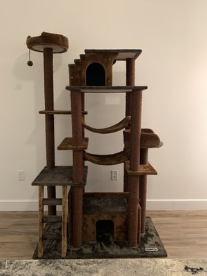 Large Cat tower for Sale in FL, US
