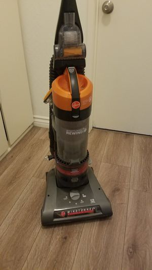 Hoover wind tunnel vacuum for Sale in Costa Mesa, CA