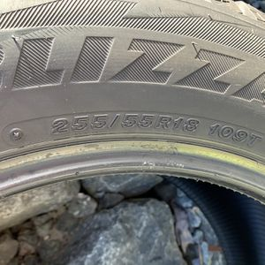 Blizzak 225 55/R18 Snow Tires for Sale in Gig Harbor, WA