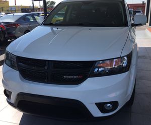 Dodge journey plus sport 2016 for Sale in Miami, FL