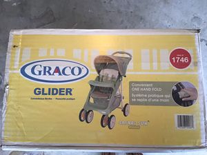 Graco Glider Stroller, up to 40lb baby . for Sale in Fort Worth, TX