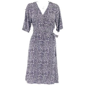 NWT! Apt 9 Grommet Faux-Wrap Dress / Size: M for Sale in Warrenton, VA
