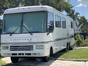 Airstream motorhome. for Sale in Fort Lauderdale, FL