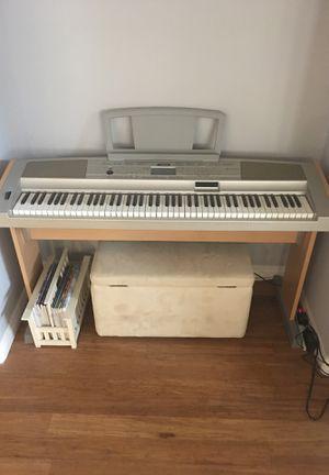 Yamaha Portable Grand DGX-500 keyboard for Sale in Las Vegas, NV