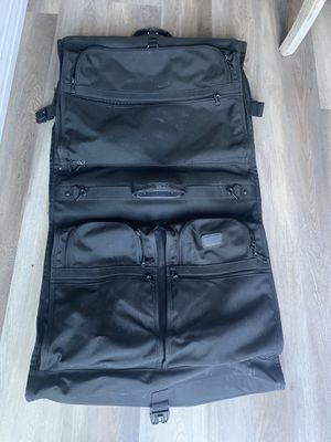 Tumi Classic Garment Bag for Sale in Playa del Rey, CA