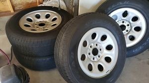 245/70/17 wheels and tires for Sale in Ammon, ID