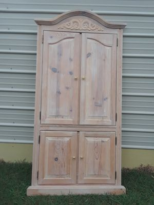 Facing Pantry Door ( 38 w x 78 tall ) 100. for Sale in Princeton, TX