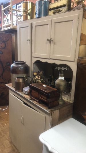 Vintage antique hutch Hoosier Diy cabinet open today la Mesa for Sale in San Diego, CA