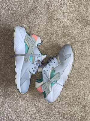 Nike Huaraches for Sale in Lake Elsinore, CA