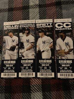 4x NEW YORK YANKEES TICKETS Sunday 8/18 FIELD LEVEL SECTION 111 ROW 25 for Sale in New Haven, CT