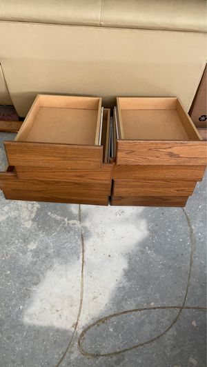 Used Kitchen cabinets doors/ kitchen drawers for Sale in Oakland, FL