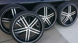 "24"" inch black Status rims and tires for Sale in Lorain, OH"