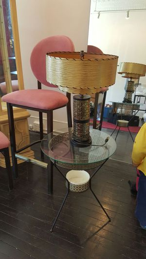 Vintage table and lamp for Sale in Cleveland, OH