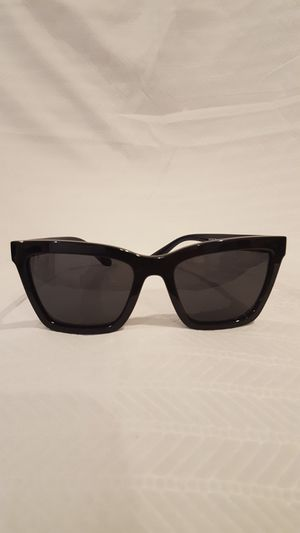 COACH Sunglasses HC 8208 (L 1635) for Sale in Vienna, VA