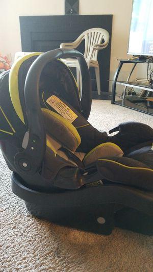 Eddie Bauer Car Seat for Sale in Greensboro, NC