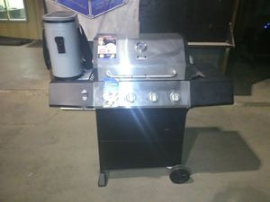 BBQ grill for Sale in Baytown, TX