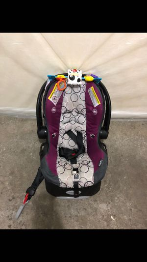 Infant car seat for Sale in De Pere, WI
