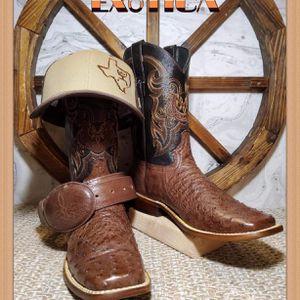 🔥🔥BOTAS 🔥🔥BOTAS for Sale in Dallas, TX