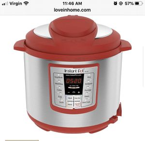 Instant pot brand new for Sale in Phoenix, AZ