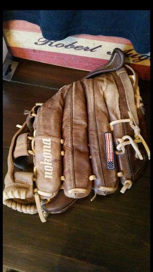 NOKONA X2 ELITE V1200 PERFECT NO FLAWS CONDITION fastpitch softball baseball glove mitt baseball bat little league fastpitch for Sale in Alta Loma, CA