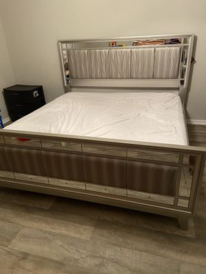 King bed / cama king for Sale in Tamarac, FL
