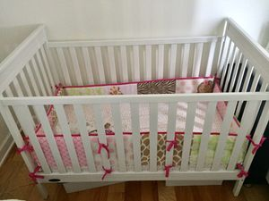 Baby Crib, Quality Mattress & Bumper - $50 for Sale in Chicago, IL