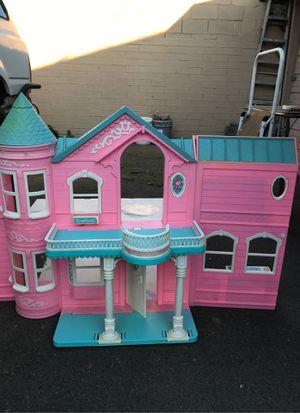 Vintage Mattel 1995 Barbie Victorian Style Dream House for Sale in Phoenix, AZ