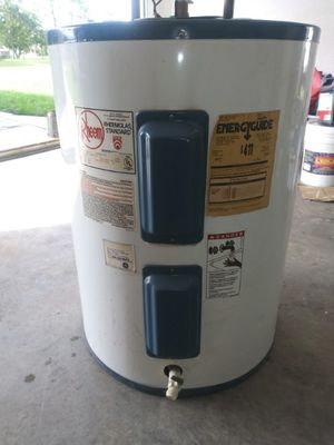 40 Gallon water heater for Sale in Spring Hill, FL