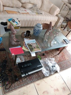 Glass coffee table for Sale in Hollywood, FL
