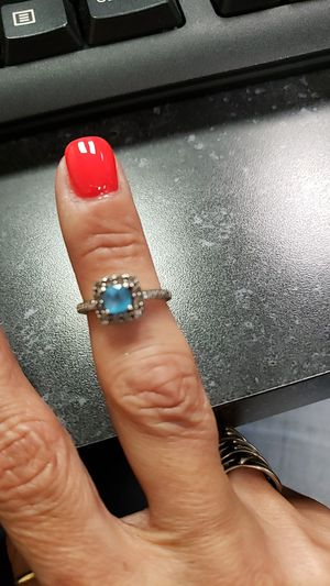 Ring for Sale in Fort Wayne, IN