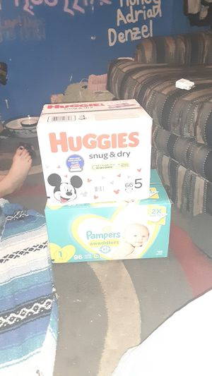 Huggies & Pampers diapers for Sale in Phoenix, AZ