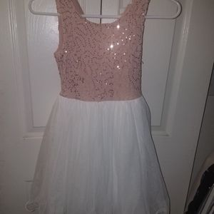 Girls Dress Size 8 for Sale in Oroville, CA