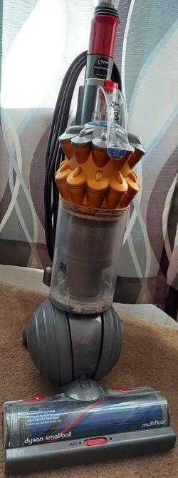 Dyson Small Ball Multifloor Vacuum - like new! for Sale in Euless,  TX