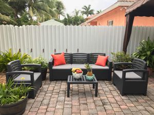New Italian outdoor patio furniture news in its box 1 year warranty for Sale in Hialeah, FL