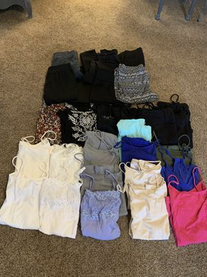 Tank tops and leggings big lot! for Sale in Young, AZ