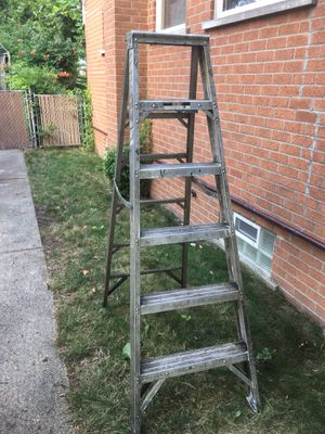 Extra Heavy Duty 6' Aluminum Step Ladder for Sale in Westland, MI
