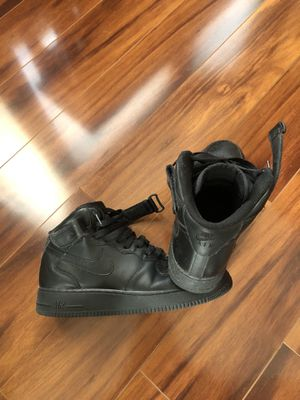 Nike and van shoes make offer for Sale in Buffalo, MN