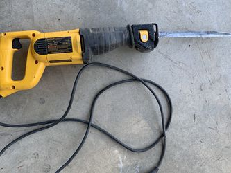 Dewalt Reciprocating Saw Electric for Sale in Hesperia,  CA