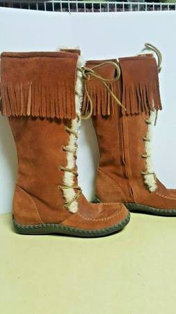 MINNETONKA Laceup Fringed Suede Lined Knee High Boots - Size 7 for Sale in Boulder, CO
