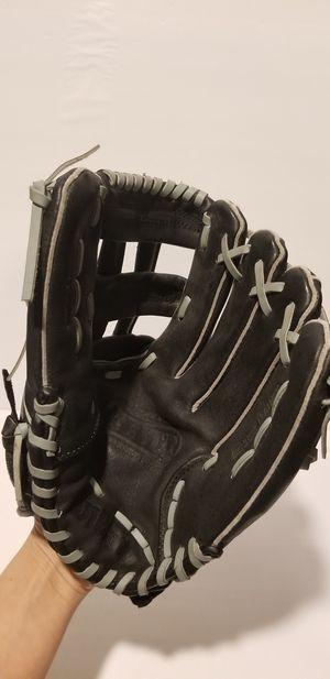 Wilson Softball Glove for Sale in Chula Vista, CA