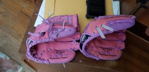 Baseball gloves mitts for Sale in Fresno, CA