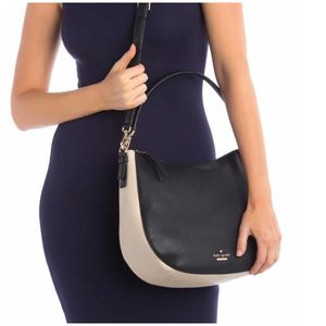 Kate spade authentic handbag brand new with tags for 100$ only great deal price firm for Sale in Bellevue, WA